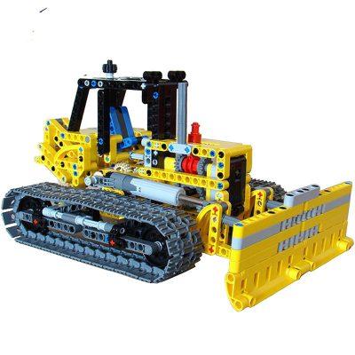 42006: Bulldozer MOC 1167 Technic Designed By Tomik Produced By MOC BRICK LAND