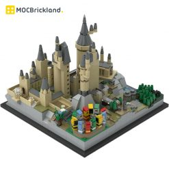 Hogwarts Castle Architecture MOC 25280 Movie Designed By MOMAtteo79 Produced By MOC BRICK LAND