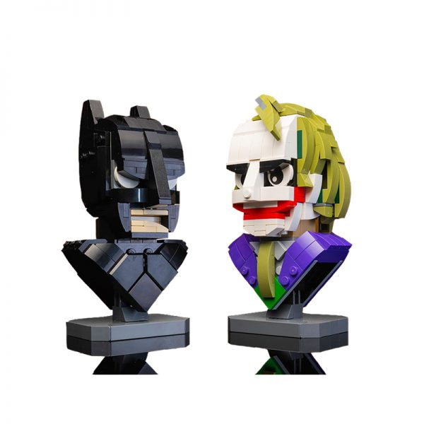 MOC 22597 Dark Knight Bust Collection with 585 Pieces