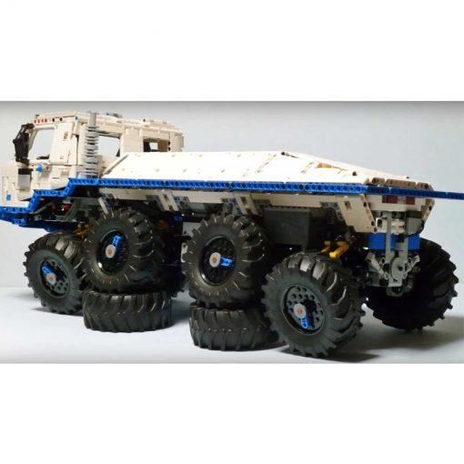 MOC 27092 Tatra T813 8x8 PROFA with 3599 Pieces
