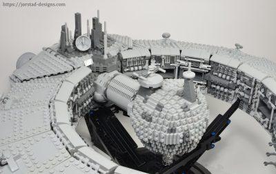 Lucrehulk-Class Battleship (Droid Control Ship) Star Wars MOC-13056 with 3580 Pieces
