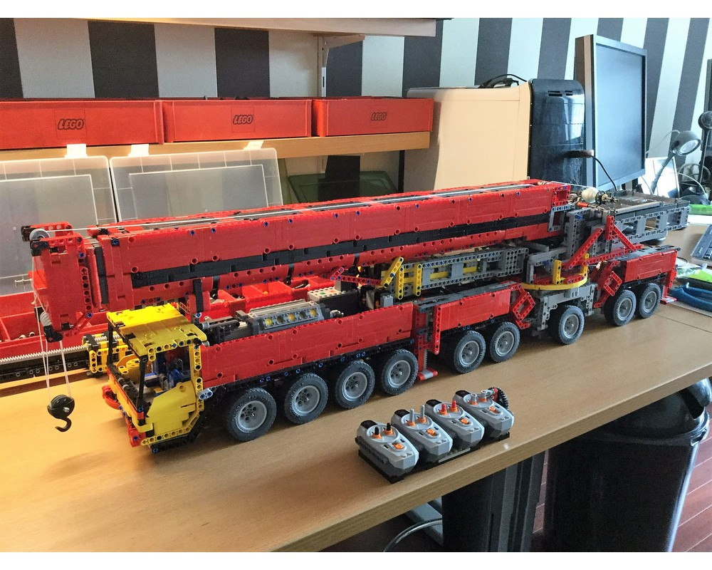 Crane Undercarriage Part 1 MOC 7909 Technic Designed By Peteria With 2584 Pieces