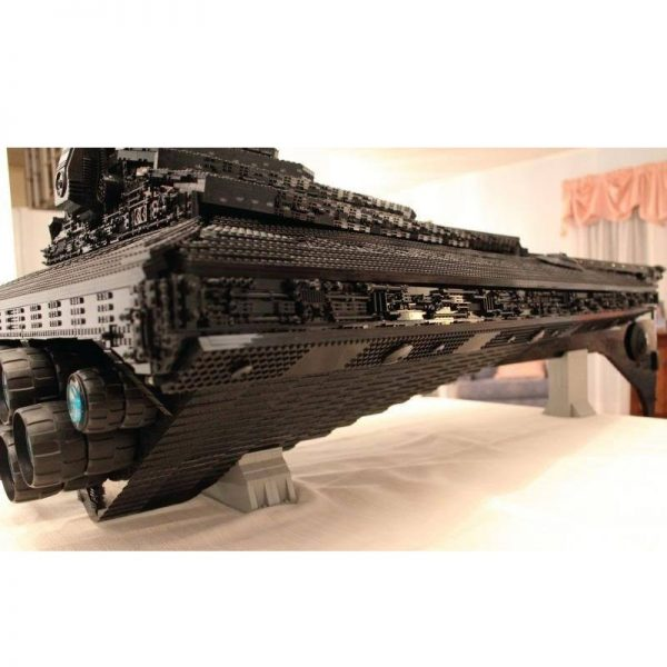 Ultimate Millennium UCS Eclipse Dreadnought Star Wars MOC 1001 by Jerry with 11000 pieces