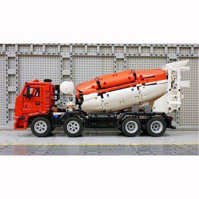 Concrete Mixer Truck Technic MOC-46913 by desert752 with 2492 Pieces