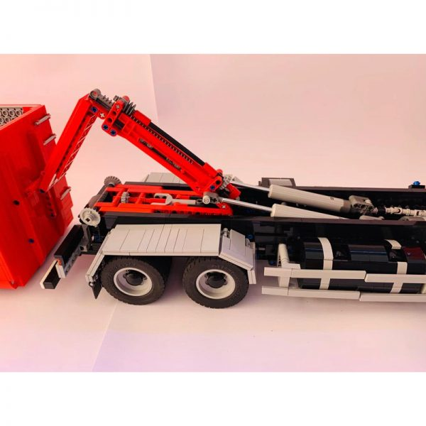 Hooklift truck Technic MOC-51908 by Daniel's creations with 3574 Pieces