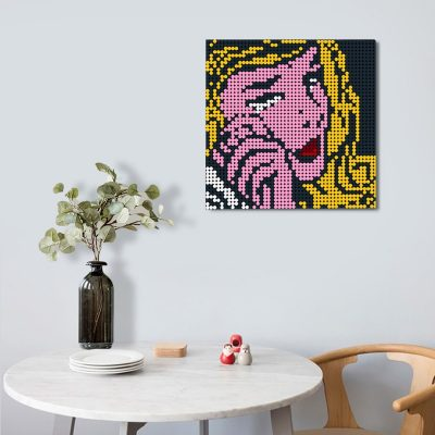 Crying girl-Pixel art Creator MOC-90102 With 2304 Pieces
