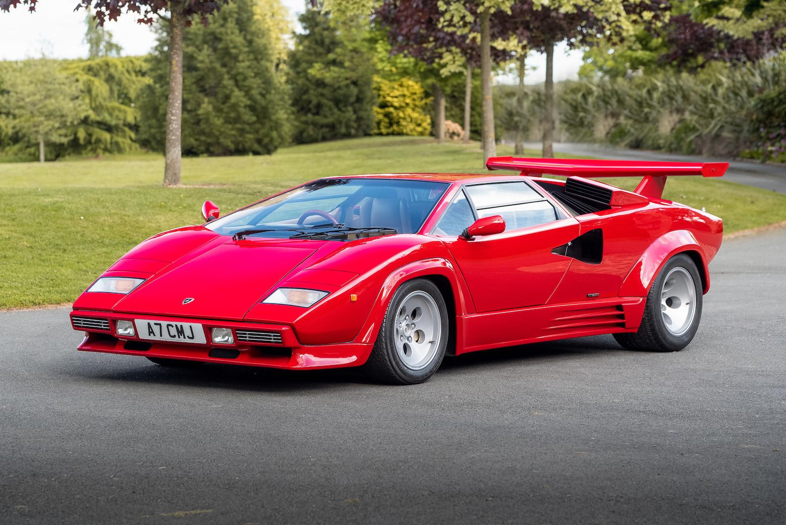 Lamborghini Countach LP5000 QV – Red version MOC-57851 Technic Designed By Rastacoco With 1316 Pieces