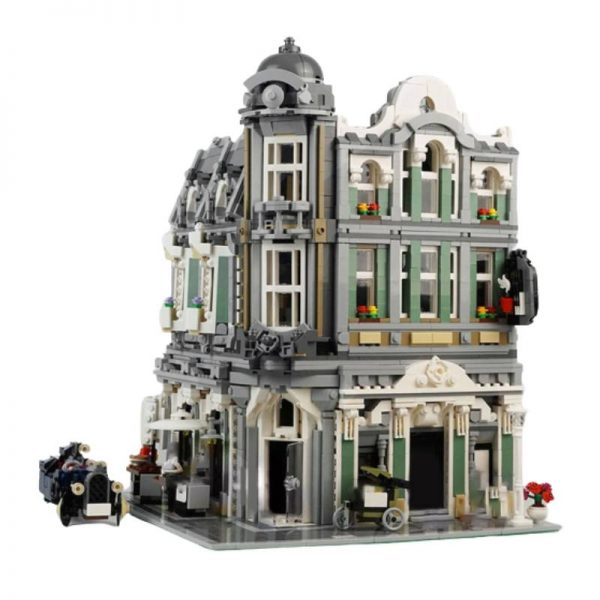 Assembly Square MOC 32576 Modular Building Compatible With LEGO 10255 Designed By InyongBricks