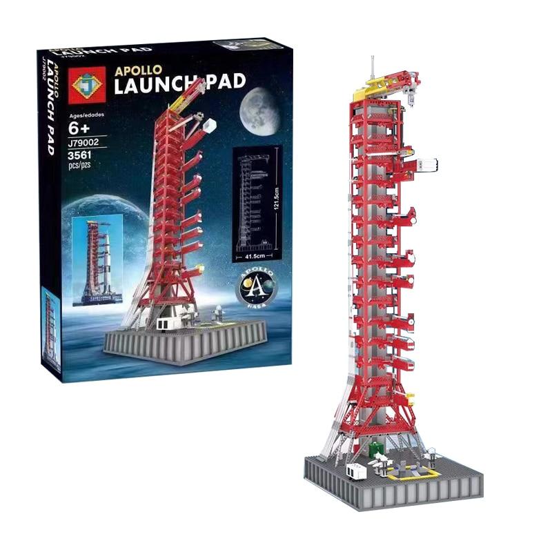 J79002 Apollo Launchpad