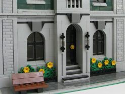 Lion Heart Hotel MOC 11223 Modular Building Designed By Kristel With 3845 Pieces