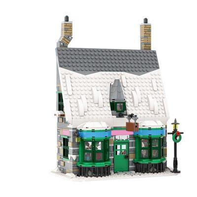 Honeydukes (Hogsmeade Winter Village) Creator MOC-56684 by benbuildslego WITH 1263 PIECES